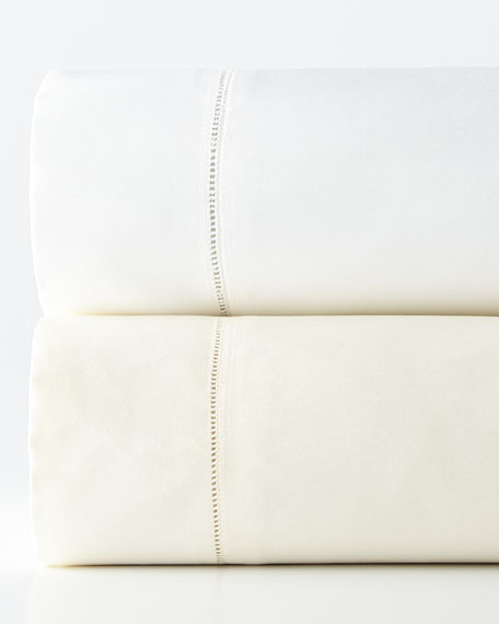 Queen 1,020 Thread Count Solid Sateen Fitted Sheet