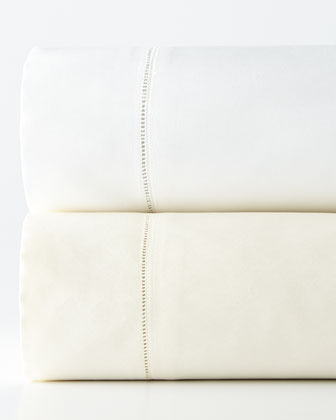 1 020-Thread-Count Sateen Sheets