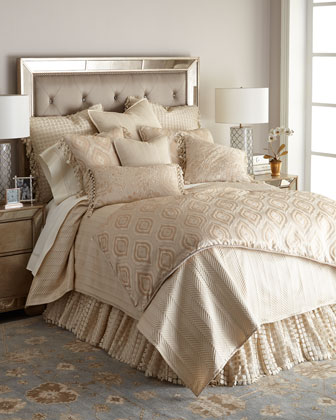 Monfort Bedding