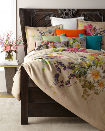 Aubriet Fuchsia Queen Duvet  and Matching Items