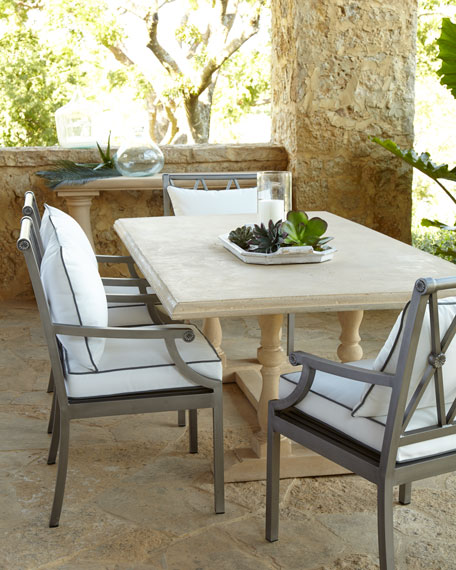 Attirant Sophia Outdoor Dining Table