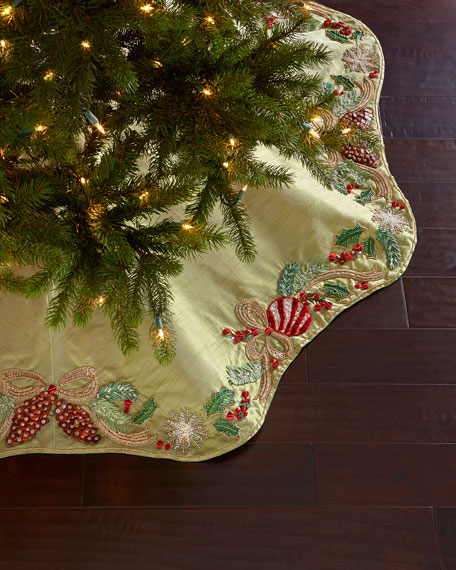 Kim Seybert Frosted Pine Tree Skirt