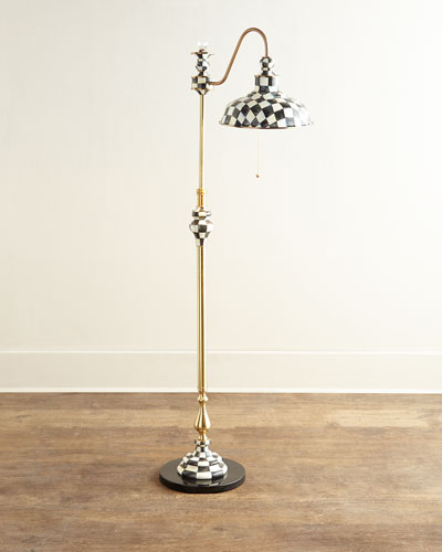 Courtly Farmhouse Floor Lamp