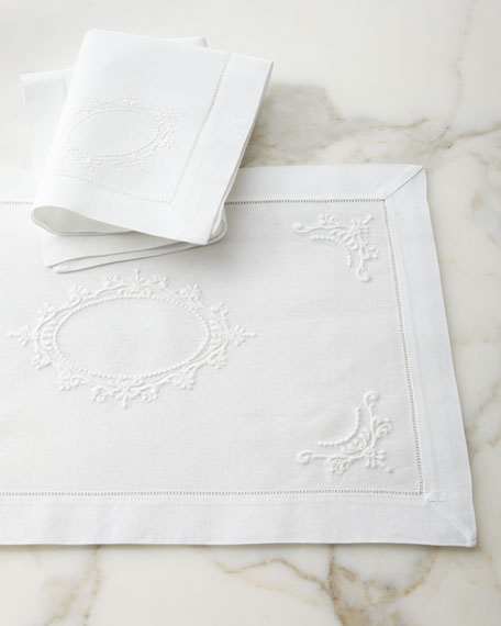 Boutross Imports Italian Crest Dinner Napkins, Set of