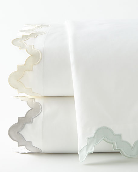 Two Standard 520TC Elora Pillowcases