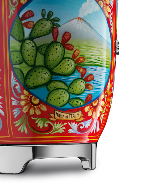 Dolce Gabbana x SMEG Sicily Is My Love Juicer