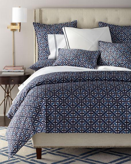 Dellamore Queen Tufted Bed
