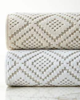 Etoile Diamond-Sculpted Towels
