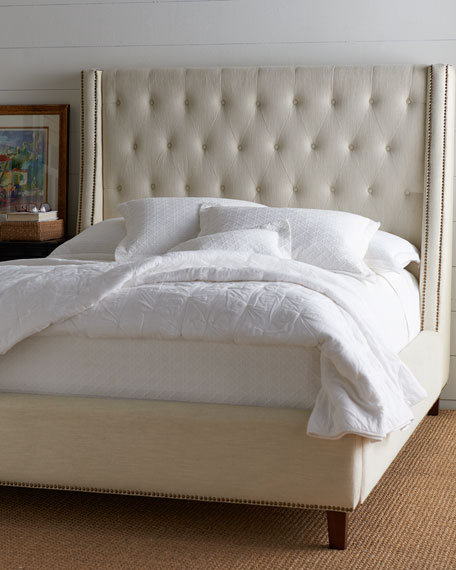 Dellamore Tufted Bed