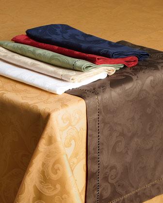 Plume Jacquard 70 x 162 Tablecloth