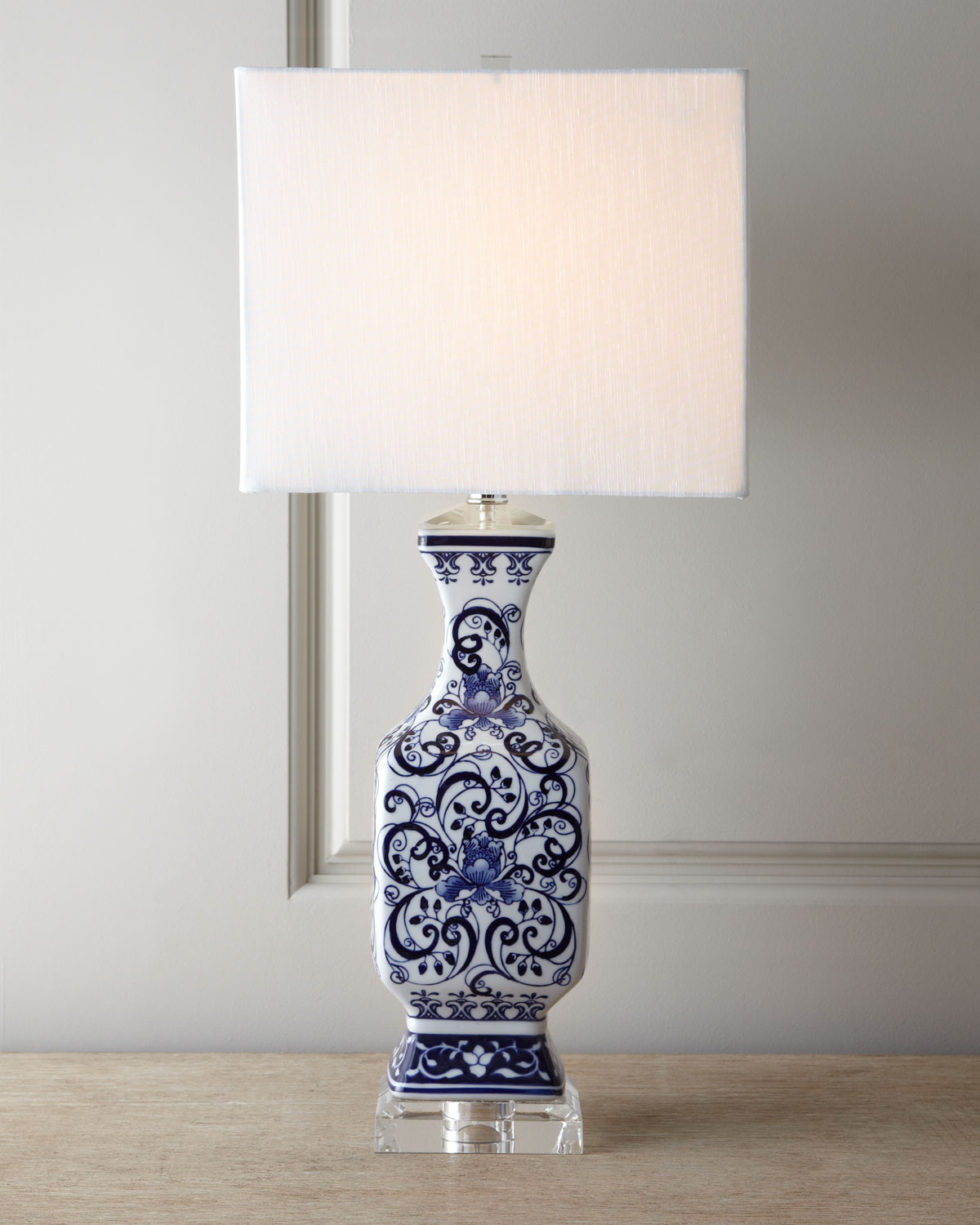 Toile Scenes Lamp, Blue/White
