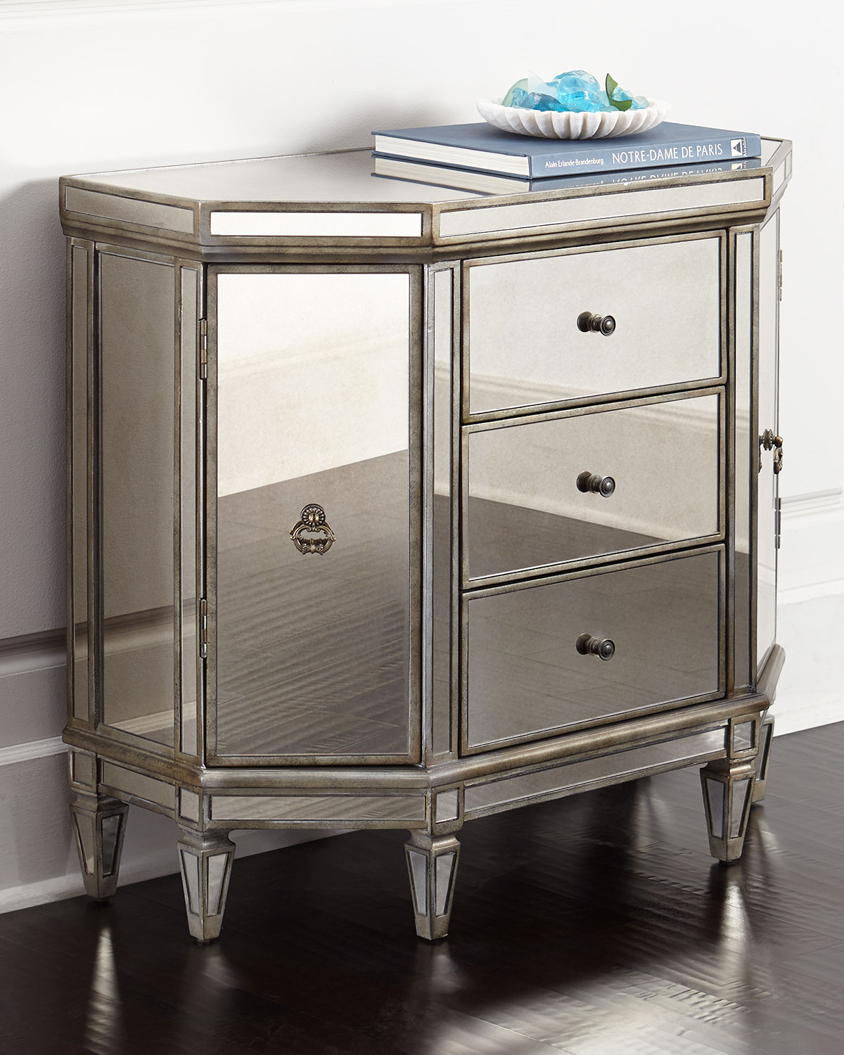 Reiley Mirrored Cabinet, Silver