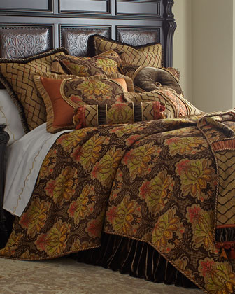 Queen Damask Duvet Cover, 90