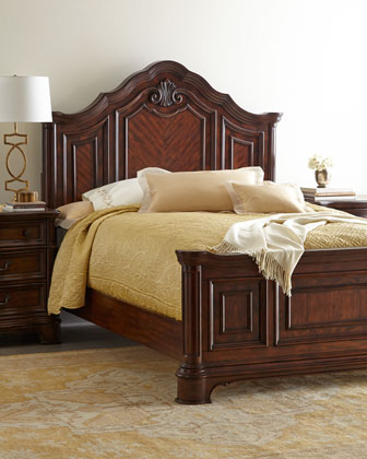 Bellmead King Panel Bed