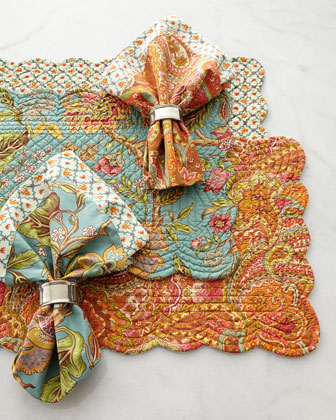 Four Scalloped Jasleen Placemats