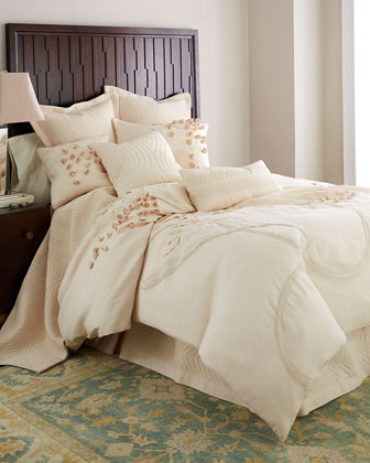 Queen Applique Duvet Cover, 92
