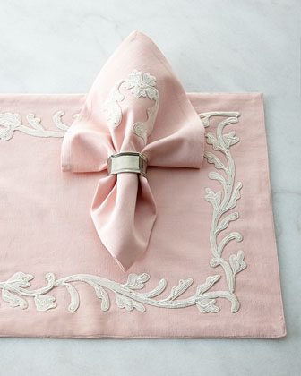 Four Dori Pink Placemats