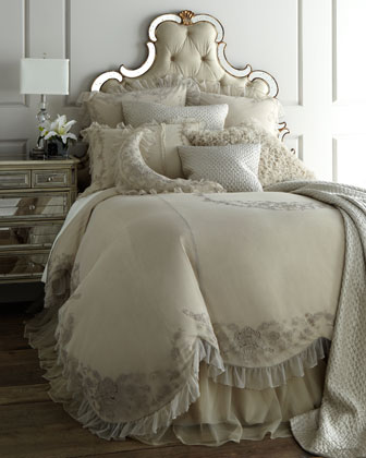 King Grace Skirted Duvet Cover, 110
